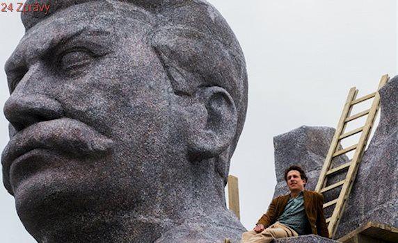 PRVNÍ DOJMY: Stalinské Monstrum je docela síla. Silnější než bubny