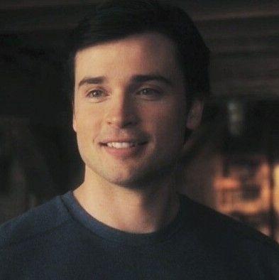 regram @tombyfans #Smallville #ClarkKent #TomWelling