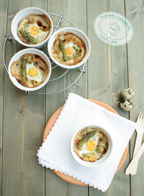 Casserole with Parmesan cheese and quail eggs