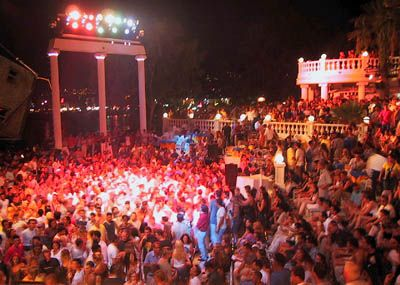 Bodrum,Halikarnas-disko.Where you can feel the music very real.