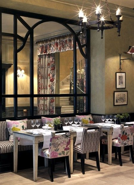 I can imagine a lovely lunch here. Covent Garden Hotel, London