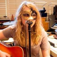 Cómo cantar en la máscara: otro gran misterio revelado