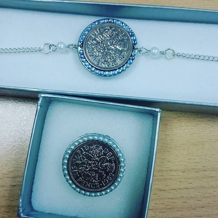 Another #luckysixpence #shoeclip and #anklet that were posted out recently #somethingblue #somethingold