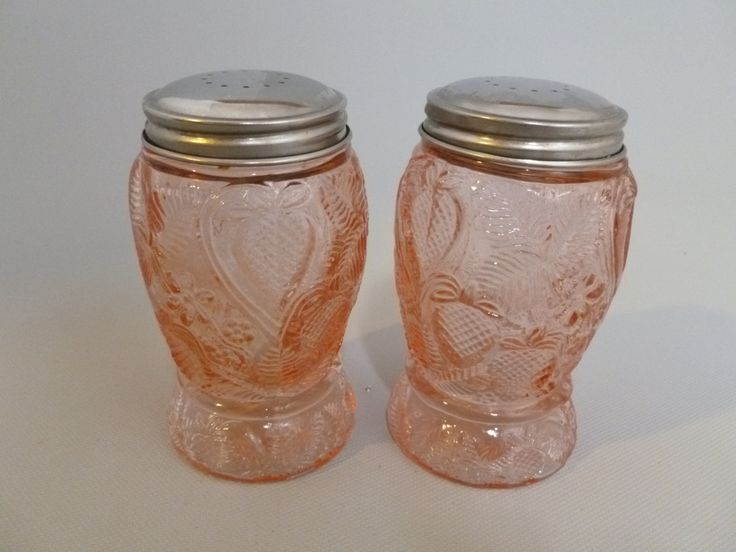 Vintage Fenton Pink Strawberry Glass Salt and Pepper Shakers by Tracyloustreasures on Etsy
