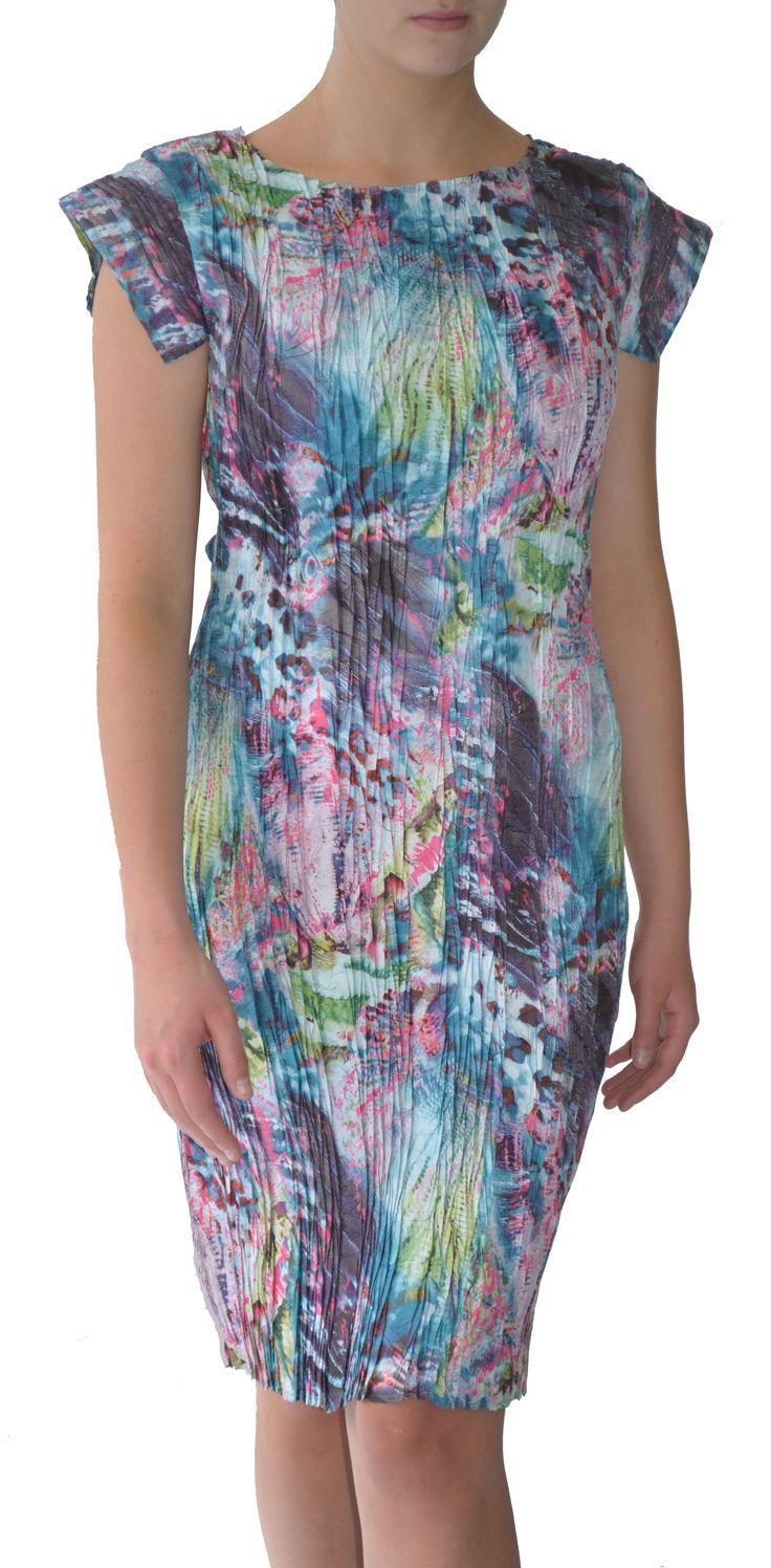 Pleat shift dress in Atlantis digital print #Marden #dress #shift #fashion #digitalprint