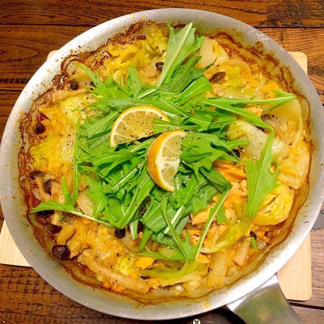 ちゃんちゃん焼き+米✌️ レシピはちゃんちゃん焼き×パエリヤ  ちゃんちゃん焼きの味付けで、パエリヤの作り方 - 58件のもぐもぐ - 鮭ちゃんちゃんパエリヤ。 by cocoatea
