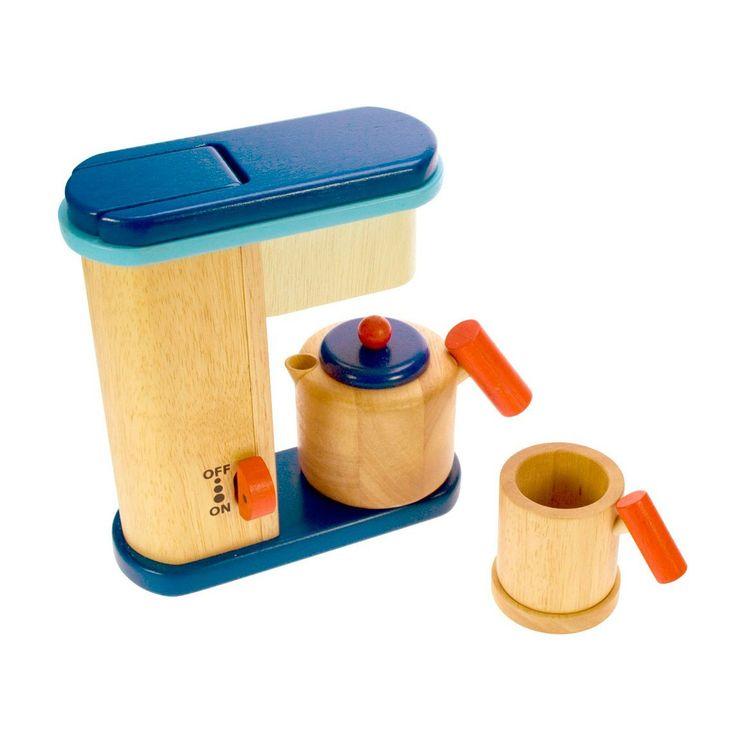 Vul het houten koffiezetapparaat met de koffiebonen en zet een heerlijk kopje koffie. Inclusief een zakje houten koffiebonen en een kleurrijke koffiepot en mok, met handvat speciaal ontworpen voor kleine handjes. Afmeting: koffiezetapparaat 20 x 18 x 7 cm - Koffiezetapparaat