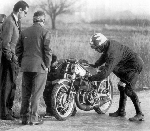 Ossa 250 monocoque racer | Santi Herrero | 1969 Grand Prix  http://hydro-carbons.blogspot.com/2012/11/ossa-250-monocoque-racer.html  Ossa 250 monocoque racer ~ Grease n Gasoline  Like us on  Facebook  https://www.facebook.com/hydrocarbons