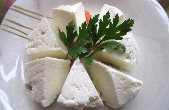 Evde Beyaz Peynir Yapımı