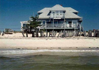 147 best images about good houses beach houses on for Cape cod waterfront homes for sale