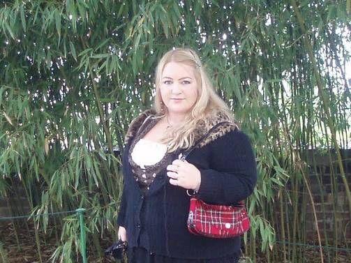 Pahimmillaan Anu painoi 125 kiloa. Ne kertyivät huonoista elintavoista, mutta myös diagnosoimattomasta kilpirauhasen vajaatoiminnasta.