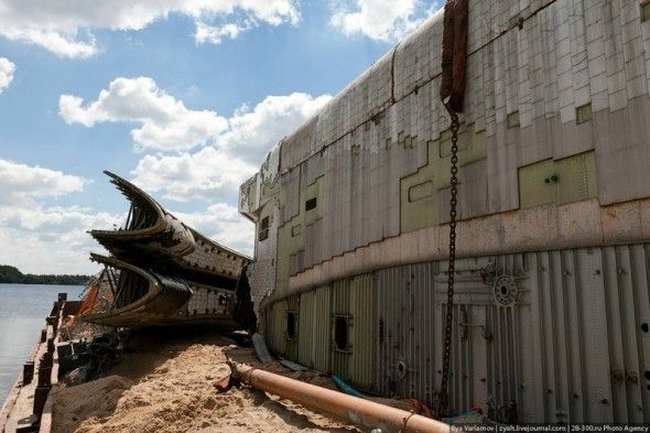 The following pictures show the remains of the space shuttle Buran 11