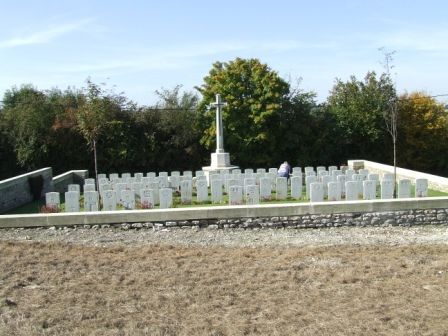 LONGPRE-LES-CORPS SAINTS BRITISH CEMETERY. In 1919, the graves from Longpre British Cemetery No.1 were brought into it to form rows C + D. Contains 78 WWI Commonwealth burials. Designed by Sir Reginald Blomfield.