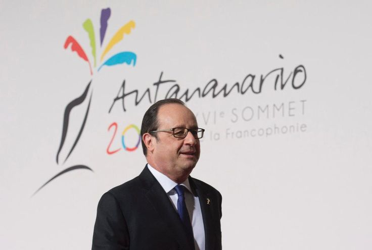 France's Hollande and his premier weigh presidential bids #france #hollande #premier #weigh #presidential