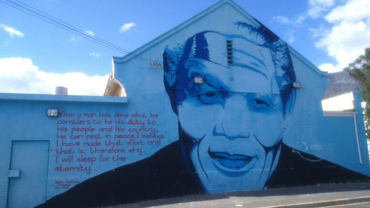 Graffiti mural of Mandela, in Cape Town