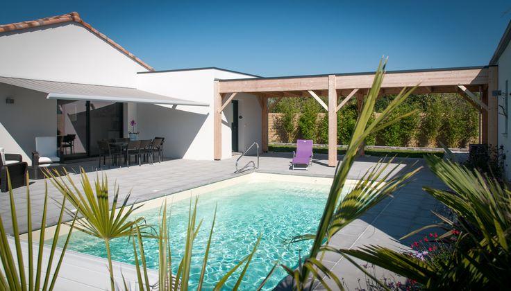 Maison avec piscine - Architecture contemporaine - Constructeur - Piscine - Terrasse - Réalisation Maisons d'en France Atlantique