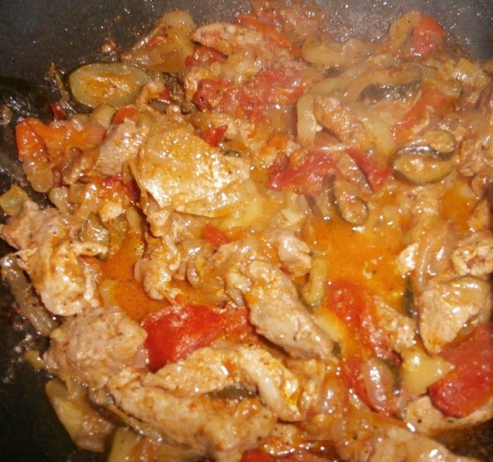 Zöldséges hús sült krumplival | Receptneked.hu (olcso-receptek.hu)