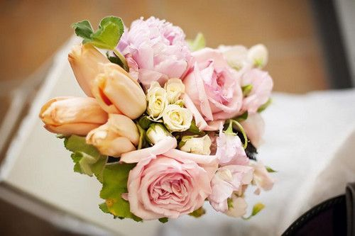 late spring garden wedding flowers peony cabbage roses sweet pea parrot tulips