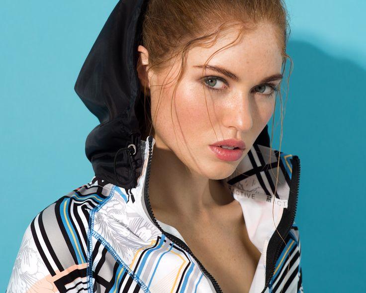 Women's exclusive activewear #printed #jacket #geoprint