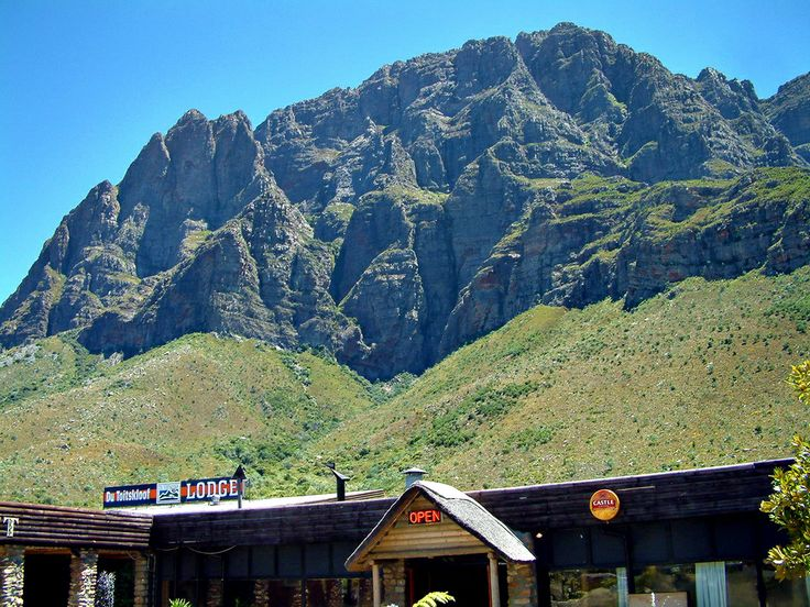 Huge mountains and a pit stop in the middle of the Du Toit's Pass, near Paarl, South Africa.