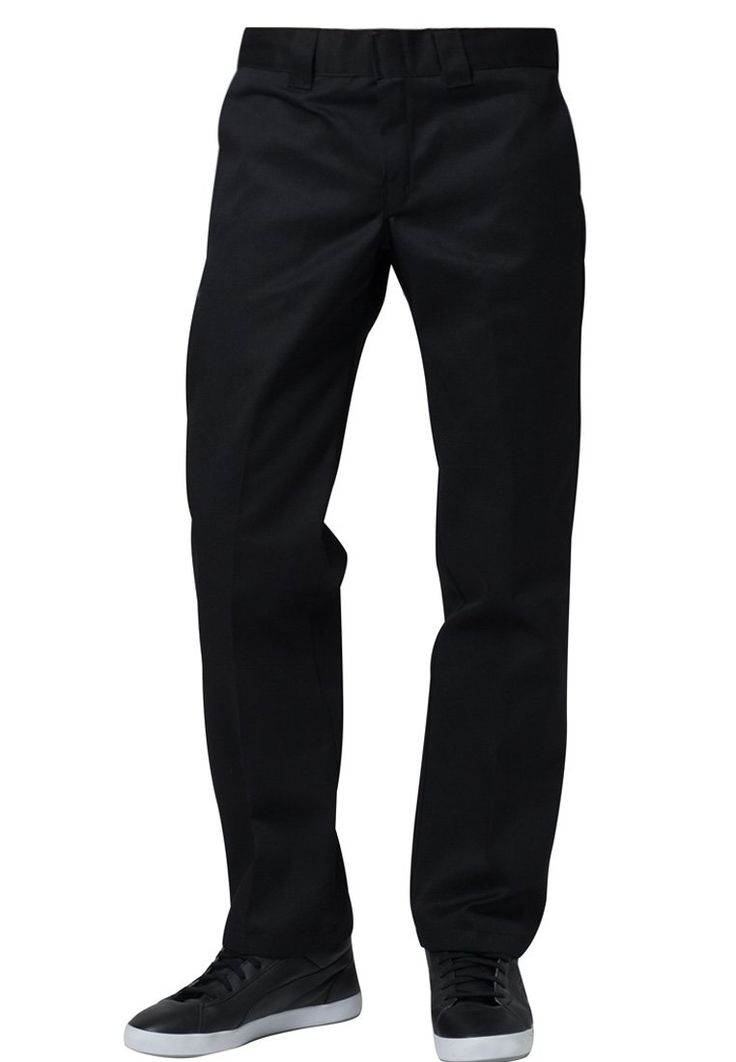 Dickiesin suorat housut. Mustat, harmaat ja khakit kaappiin, näillä katat lähes kaikki päivittäiset tilanteet ja housut kestävät kovempaakin käyttöä.