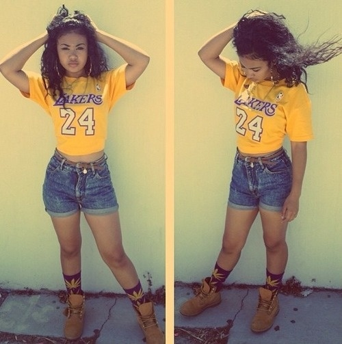Lakers! Got to love this outfit!