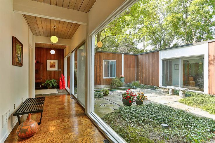 Mid Century New Jersey? If you are in the market in NJ this place is on the market. There isn't any architect listed but the home was built in 1959.