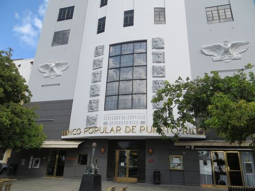 Banco Popular de Puerto Rico, Old San Juan #artdeco #architecture (Abislaiman Joyas is the door on the left!)