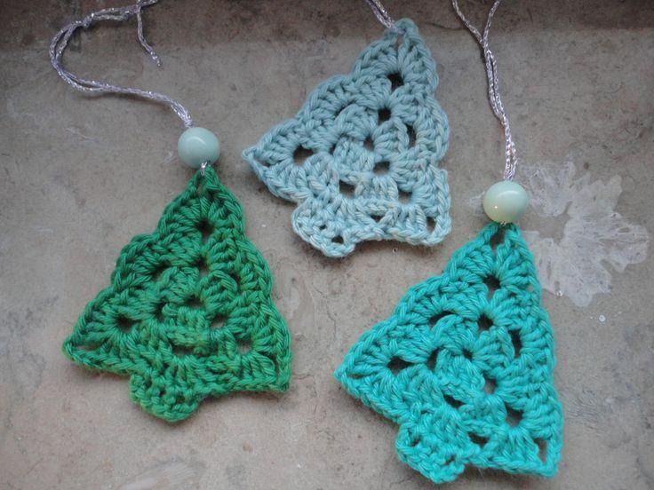 Jeg er rigtig vild med disse små juletræ og jeg skal helt sikkert også have lavet nogle til mig selv. Hvis bare der var flere timer i døgnet...