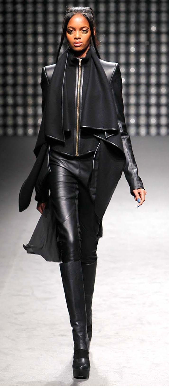 Gareth Pugh/ Black.... So beautiful!