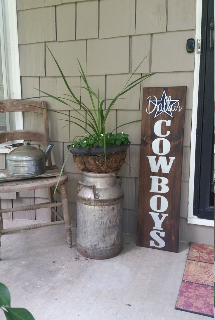 Sports sign  Dallas Cowboys Hand painted Decor Best 25 cowboys decor ideas on Pinterest us