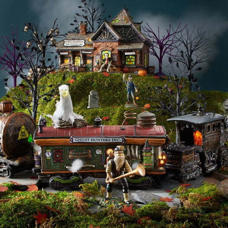 We love Halloween! The newest business on the Snow Village Halloween Haunted Rails,  Ghost Hunters, Inc. is eager to assist with the removal of any pesky ghosts! Shop all Halloween Village at https://www.department56.com/category/villages/snow+village+halloween.do  #department56 #villages #halloween #trains #spooky #ghosts