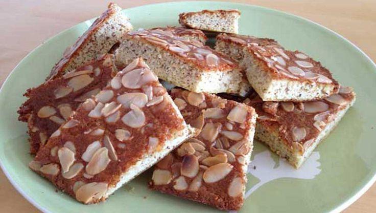 Eine echte Frühstücksalternative: Vanille-Mandel Brot ✓glutenfrei ✓weizenfrei ✓laktosefrei ➤Sehr lecker und gut mit frischem Obst genießbar.