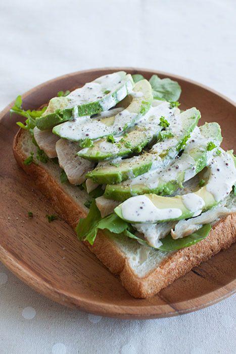 アボカドとスモークチキンのサンドイッチ。 | sweet slow living ~ happyうちごはん ~