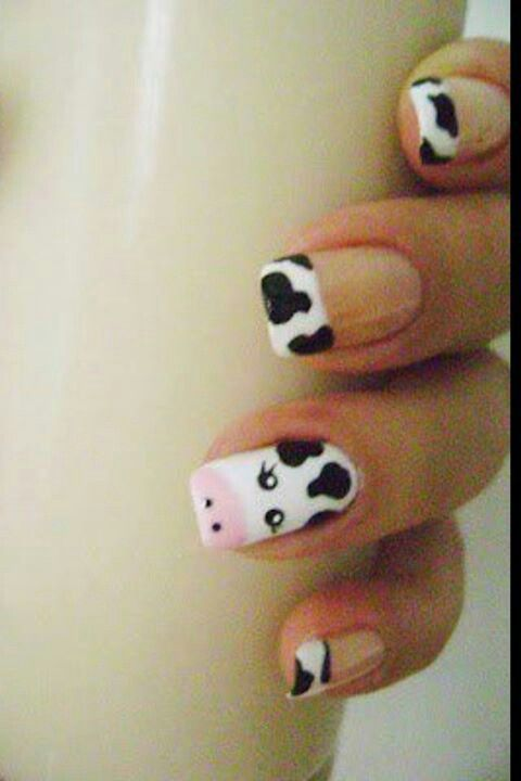 "Cow ""French manicure"" nails  -Taylor this looks like something you would do!!!"