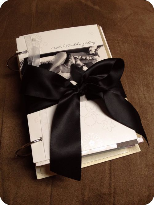 DIY Card books for special cards...an idea for all those graduation cards I just received :)