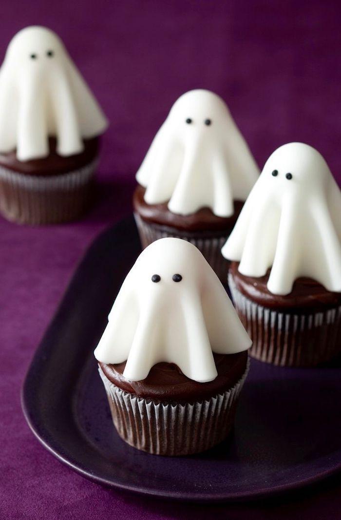 1001 Halloween Muffin Rezepte Und Kreative Ideen Fur Ihre Dekoration Dekoration Fur H Ghost Cupcakes Spooky Snacks Halloween Cupcakes