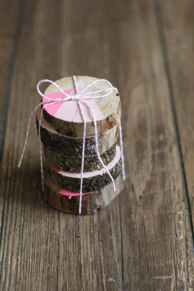 DIY Wood Coasters (http://blog.hgtv.com/design/2014/04/22/diy-wood-coasters/?soc=pinterest)Corks Tops, Diy Logs, Slices, Wooden Coasters, Diy Wood, Crafts Diy, Blog Designs, Design Blog, House Warming Gifts