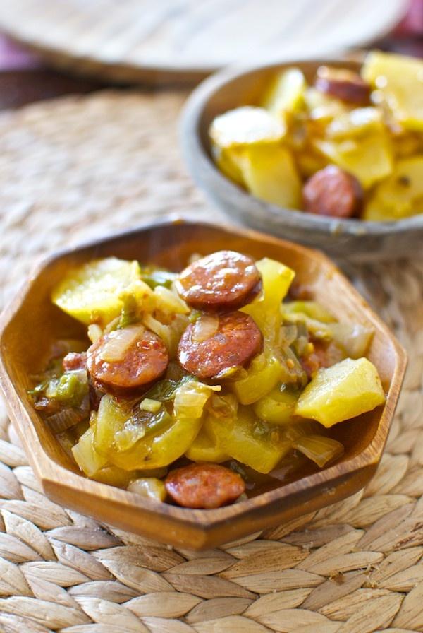 Receta de 'Patatas a la riojana' de Pepekitchen para el blog 'A tu Gusto' de superSol. La mejor gastronomía :)