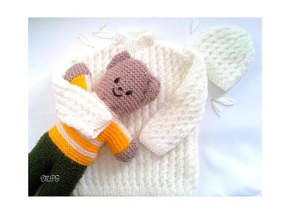 Handknit baby sweater Newborn 12months Baby jumper Baby