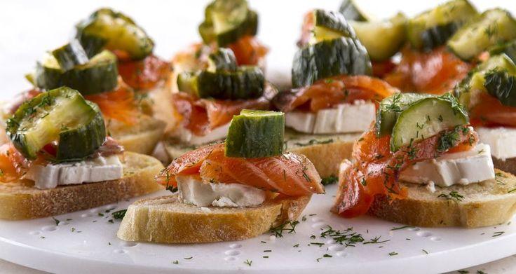 Μπρουσκέτες με κατσικίσιο τυρί και σολομό