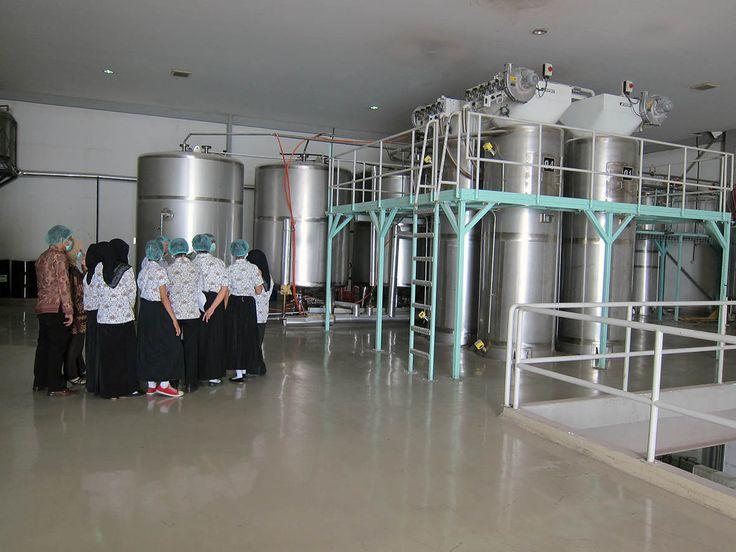 SMK 8 Factory Visit to PT Ares Kusuma Raya