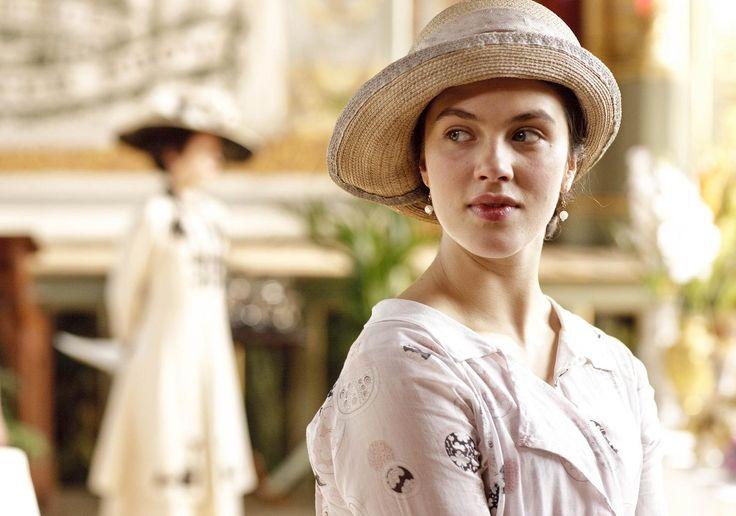 Pretty.: Hats, Jessica Brown Findlay, Downtown Abbey, Lady Sybil, Downton Abby, Downton Abbey, People, Sybil Crawley