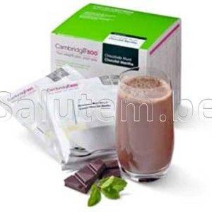 Chocolade-Munt: Shake op basis van magere melk en soja eiwit  Verrijkt met vitaminen en mineralen. Te gebruiken als totaalvoeding of als aanvullende maaltijdvervanger.  Gebruiksaanwijzing: Giet minimaal 200 ml koud water in een shaker en voeg de inhoud van dit zakje toe. Goed shaken tot een egale vloeistof  Iedere Cambridge maaltijd bevat ten minste 33% van de ADH vitaminen en mineralen