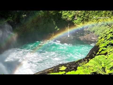 White Noise : Relaxing Waterfall Sounds - 8 hours Quando o mar está manso até mergulhamos... Quando revolto sentimos um respeito. Pois é soberano nas perfeições e nós o  seguimos com os olhos do coração... ✿ღ✿•Soℓ Hoℓme•✿ღ✿mu