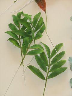 gumpaste foliage, gumppaste leaves, sugar leaves, gumpase palm leaves, gumpaste croton, gumpaste eucalyptus, gumpaste leaves Shaile's Edible Art