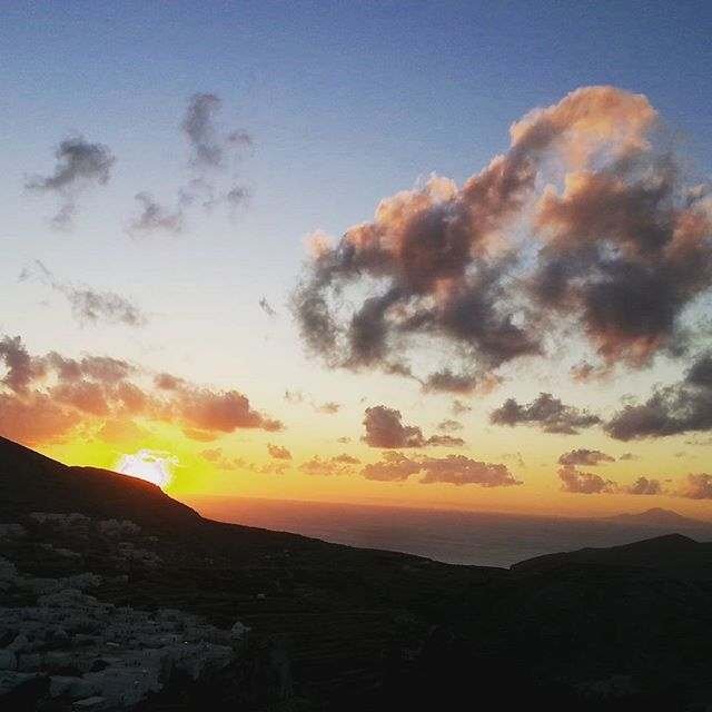 Enjoy breathtaking #sunsets at the most beautiful #Greekisland #Folegandros