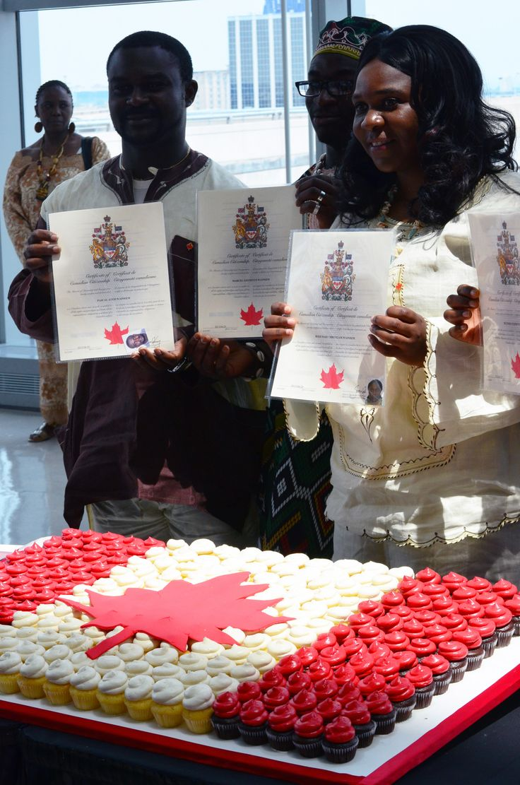 On June 25, 2013, Toronto Pearson was honoured to host a Citizenship Ceremony in Terminal 1 for the second year in a row. Taking the oath of citizenship were 100 people representing 36 countries.