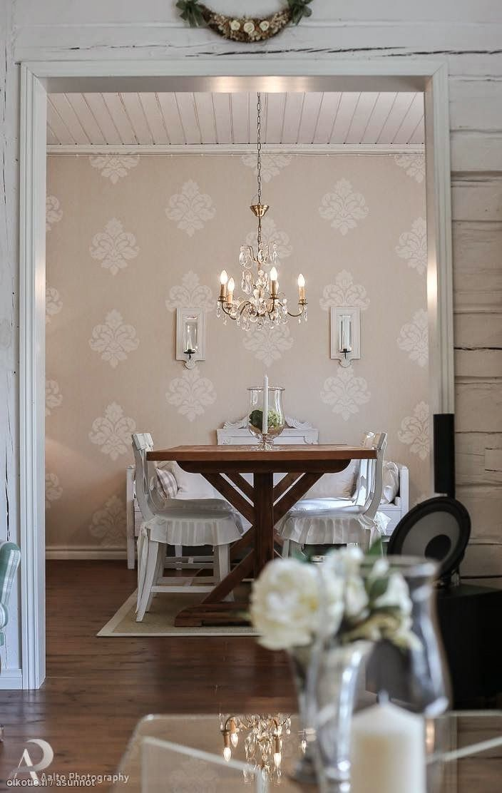 FleaingFrance.....lovely color combination - pale blue and grey patterned wall
