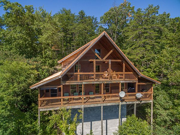 Emerald City Lights 203 2 Bedroom Cabins Pigeon Forge Cabins Gatlinburg Cabins Gatlinburg Cabins Smoky Mountains Cabins Smoky Mountain Cabin Rentals
